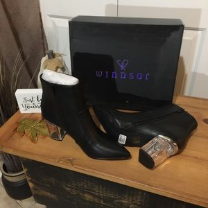 NEW BOXED Windsor black ankle boot with clear heel